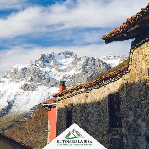 El macizo occidental desde el pueblo - Valle de Valdeón -Picos de Europa